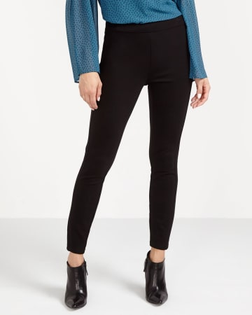 The Petite Modern Stretch Solid Leggings