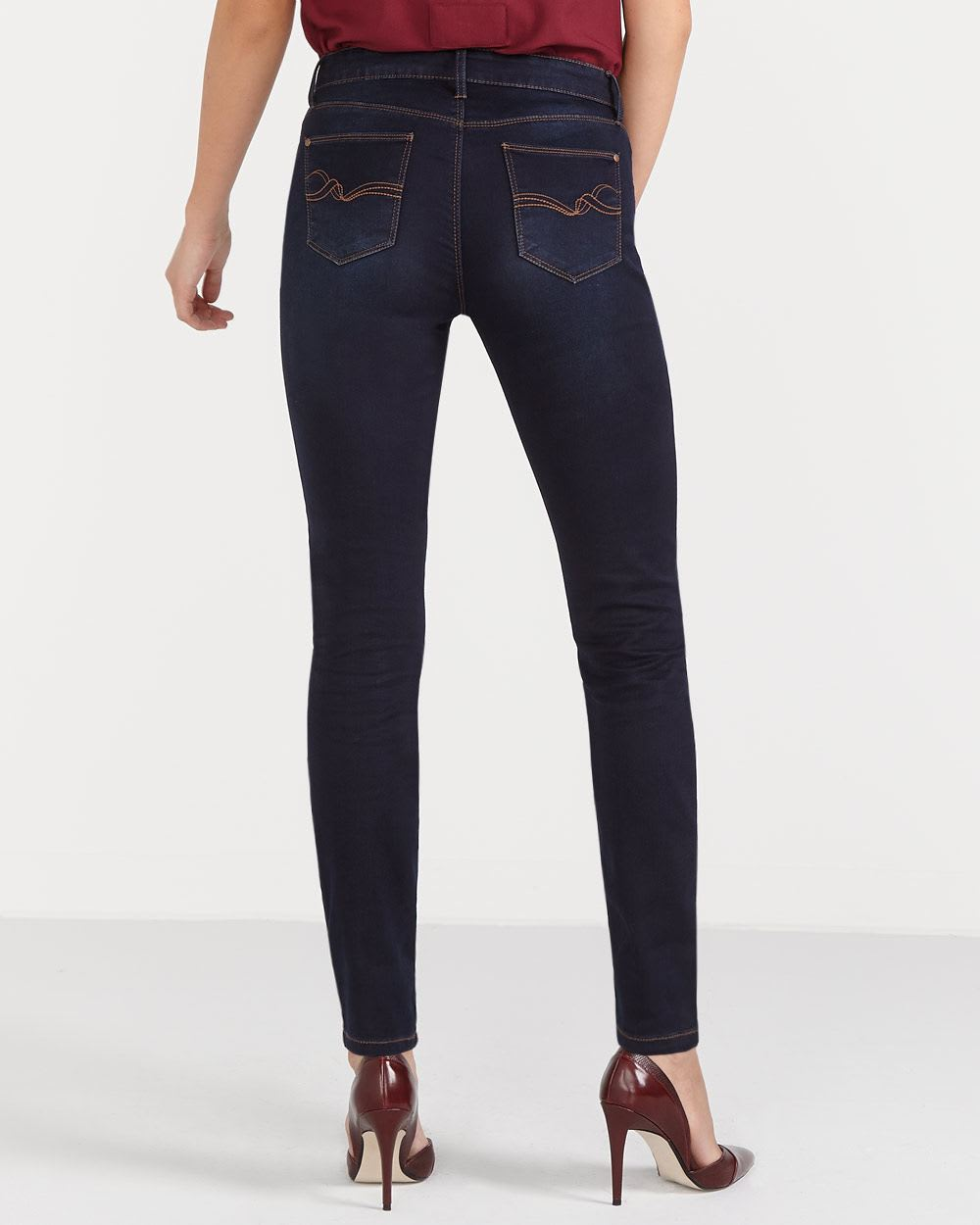 The Petite Signature Soft Skinny Jeans