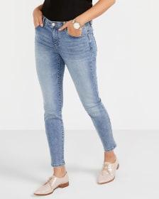 Le Jeans Sculptant pâle skinny à la cheville Long