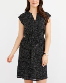 Robe imprimée à plis et manches courtes