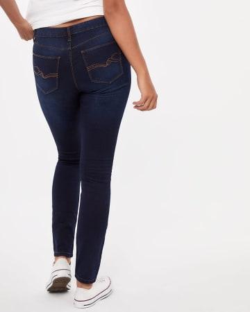 The Signature Soft Dark Wash Skinny Jeans