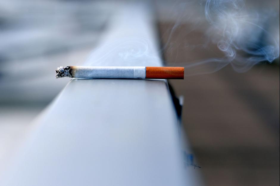 rokok.png