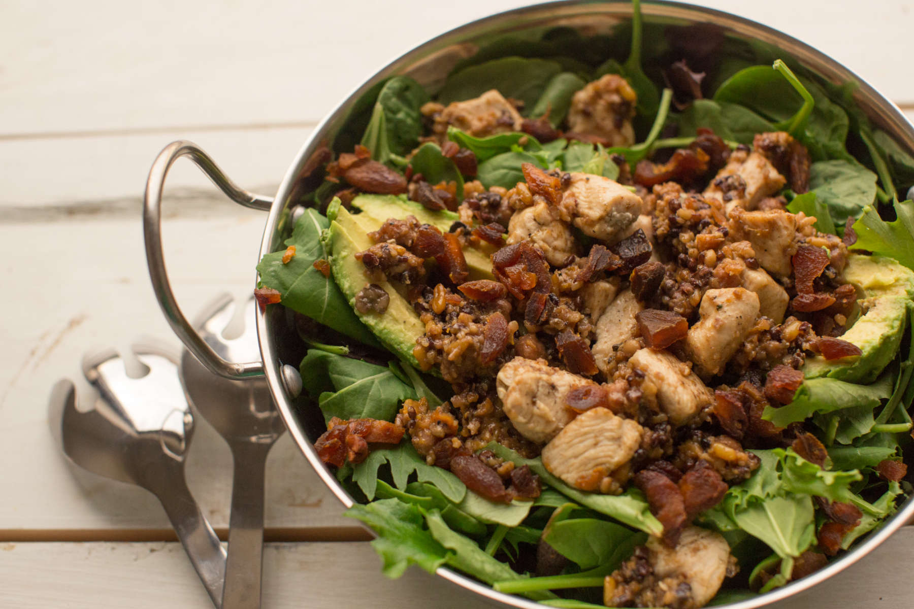 8 Effortless Salads that Won't Leave you Feeling Hungry: Mediterranean Chicken Salad
