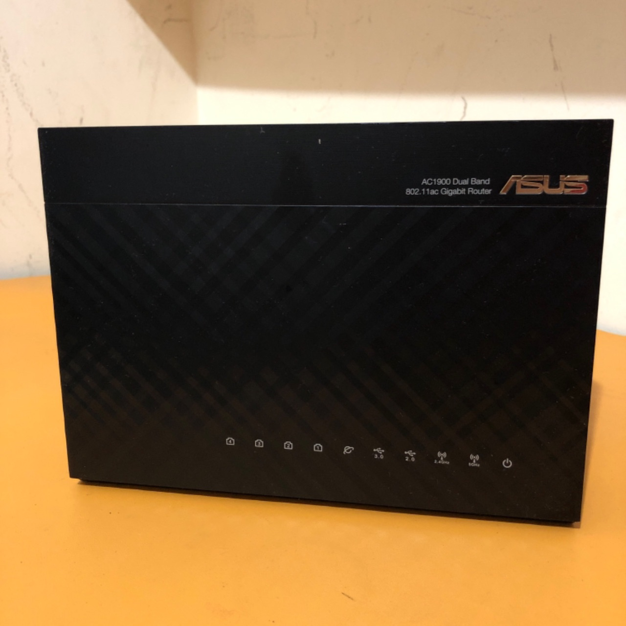 Router Asus RT-AC68U 1900 Mbps Dual Band1