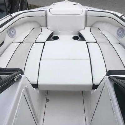 ARboatrentals gallery image.