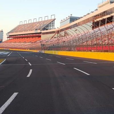 Rusty Wallace Racing Experience (Phoenix raceway) gallery image.
