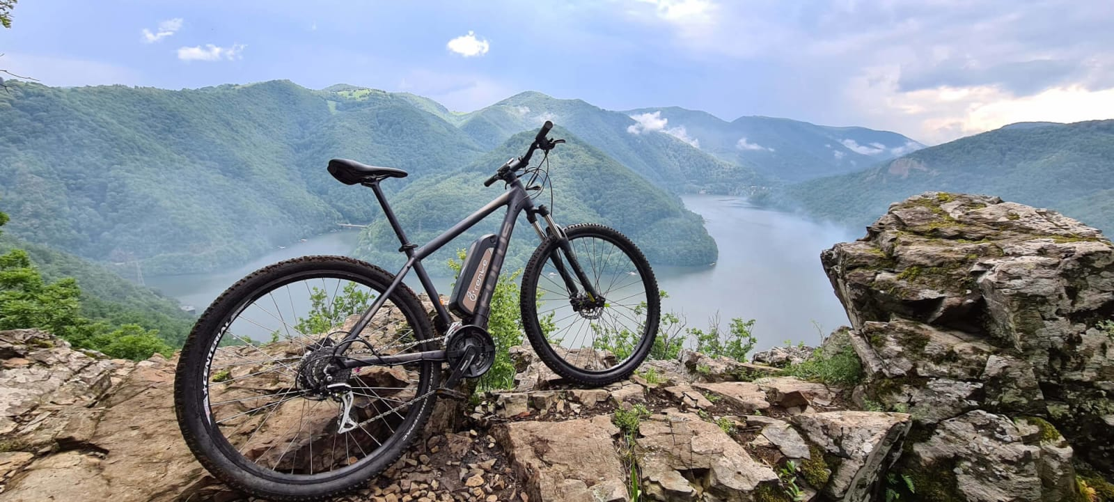 inchiriaza bicicleta electrica