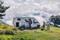 Ob in den Bergen oder am Meer - dieser Camper bietet Platz, Komfort und Dynamik...