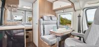 Sitzgruppe, Küchenzeile, Bad, Bett - alles für einen schön Campingurlaub zu zweit...
