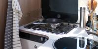 Nichts anbrenen lassen - im Carado T447 macht kochen richtig Spass.