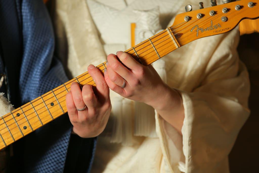 ギターと指輪