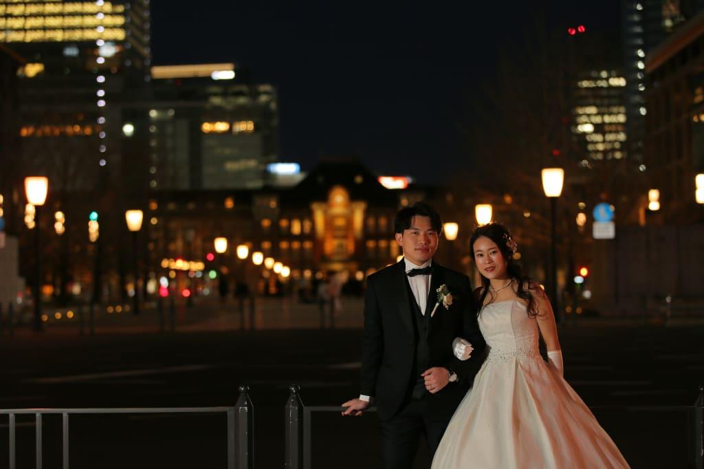 東京駅と2人
