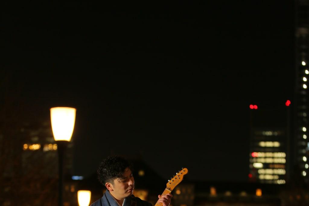 ご新郎様とギター