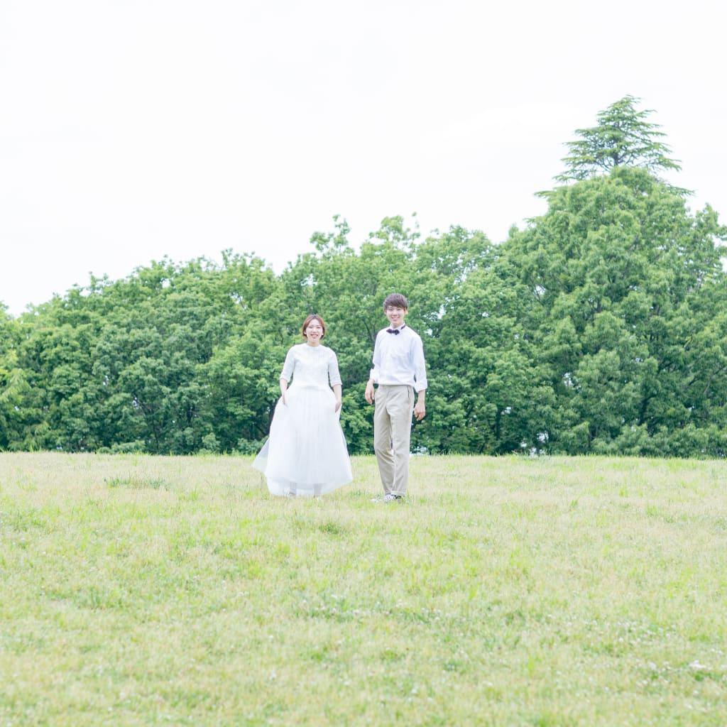 洋装ロケーション 可愛い ウェディングドレス 公園 タキシード