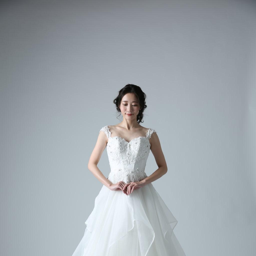 エレガントなプリンセスドレスで至極の一枚を