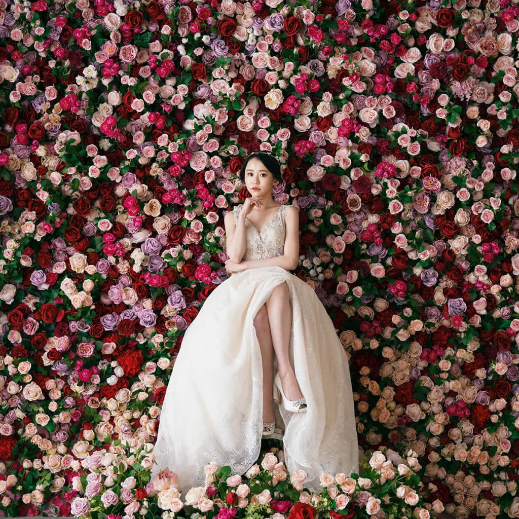 一面お花の壁が登場!フォトウェディングの「スタジオAQUA新宿店」スタジオリニューアル!