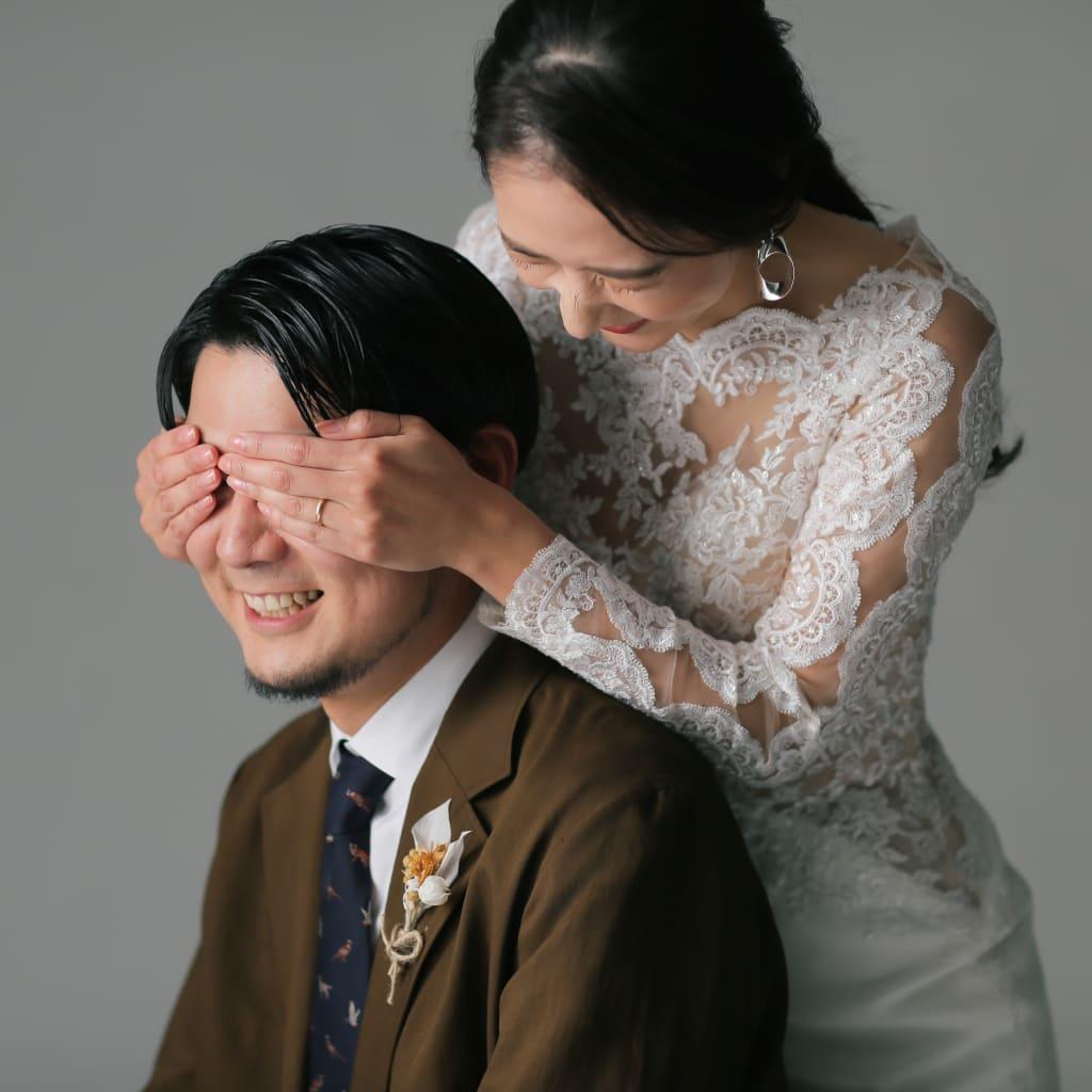 お二人をしっかり写す洋装スタジオ☆