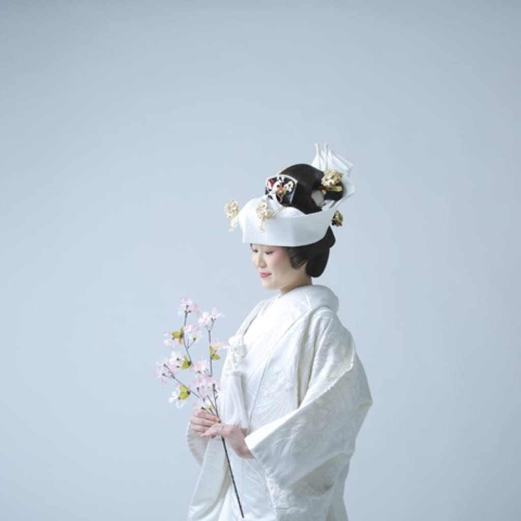 美しい和装スタイルに映えるメイクポイントを押さえて 日本伝統の奥深さを極める!