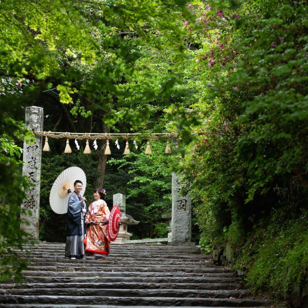 糸島の神社で和装ロケーション