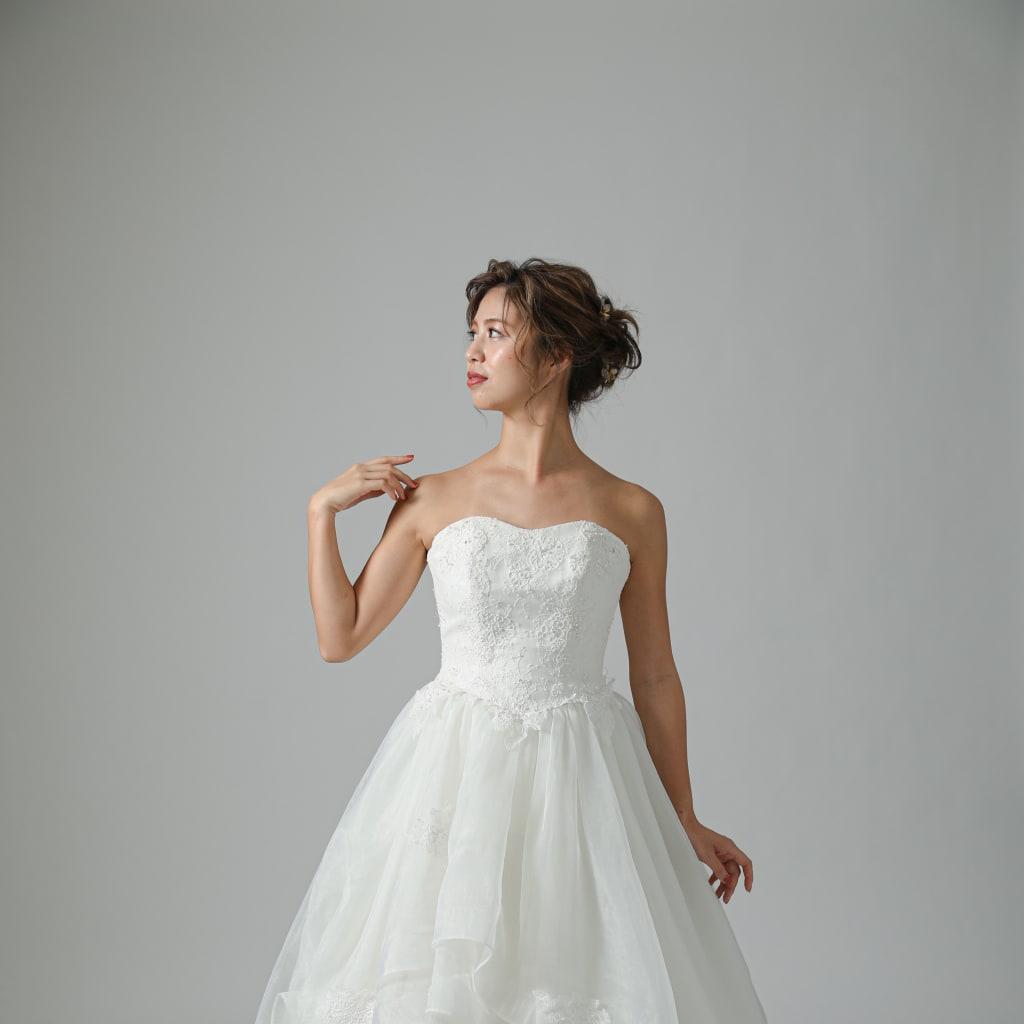 究極の姫ドレスはティアードスカートでロマンティックに!