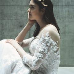 凛とした美しさが上品なマーメイドドレス