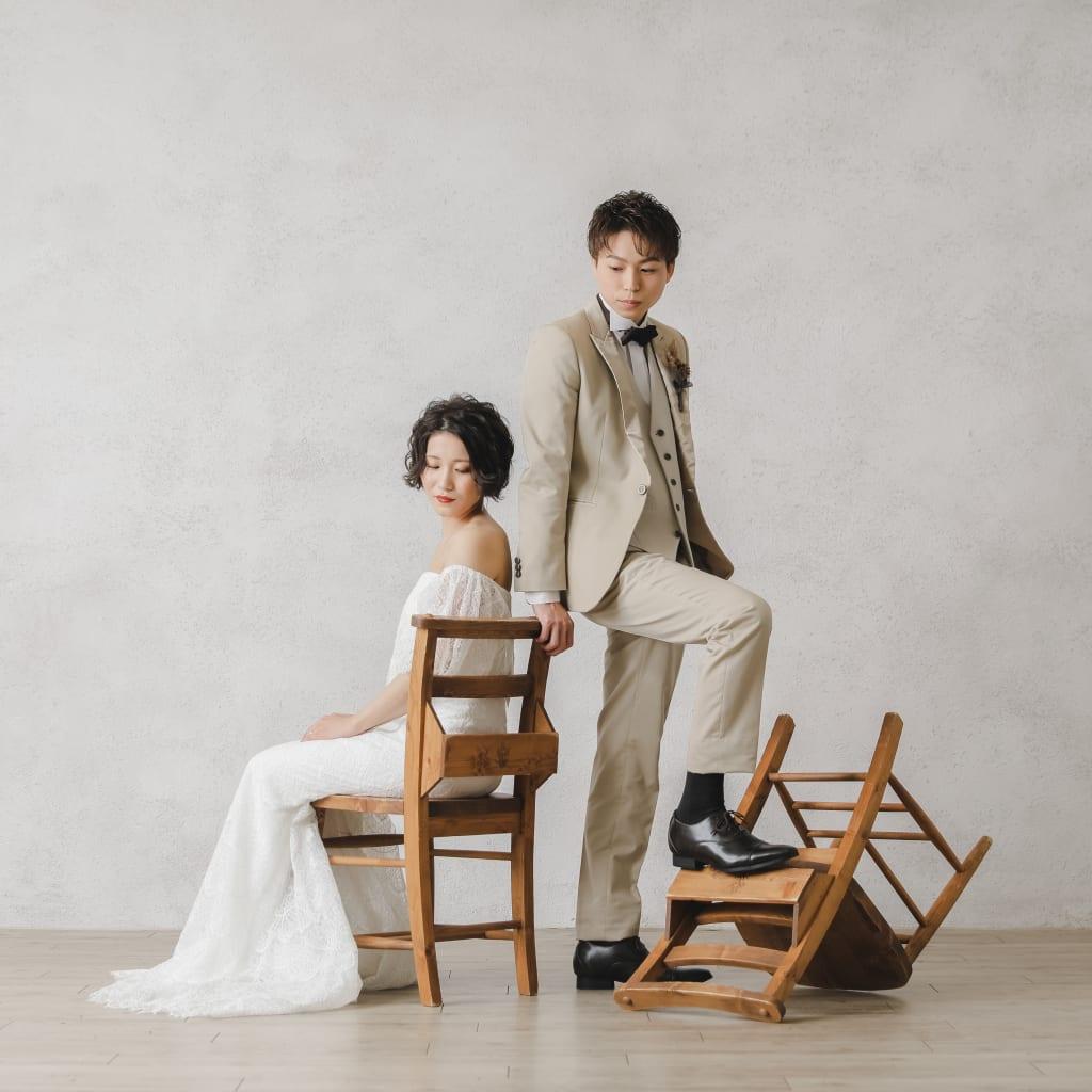 二人らしさが溢れる結婚写真を