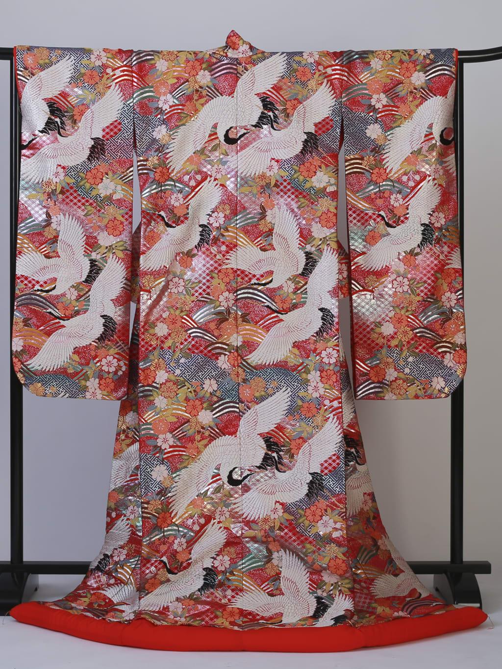 光沢鶴と光琳波