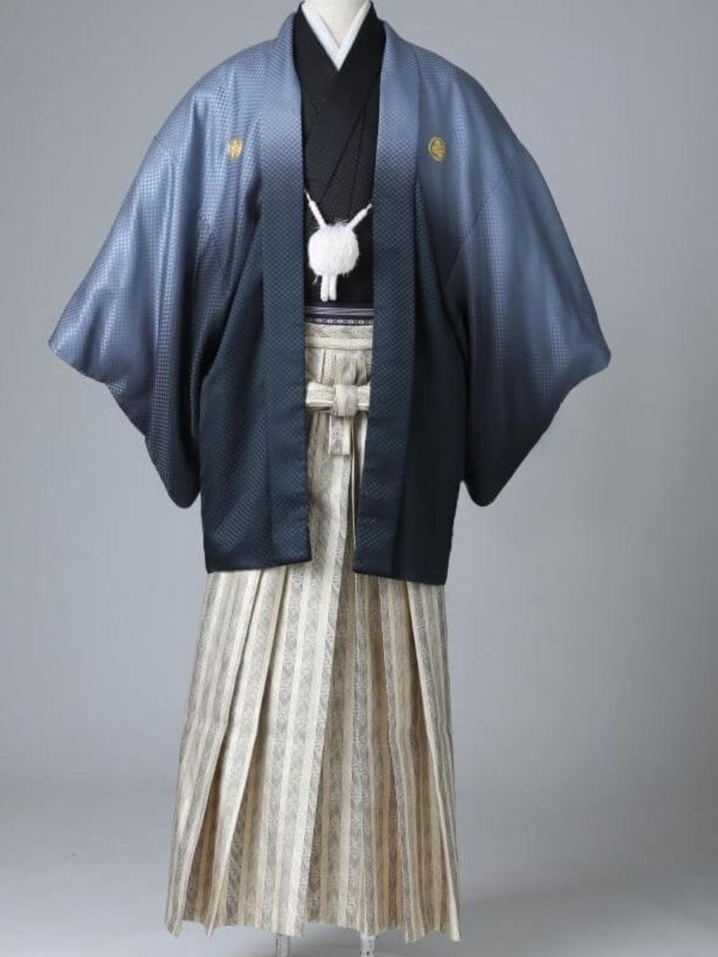 シルバーグラデーション紋服 ゴールド袴_横浜店