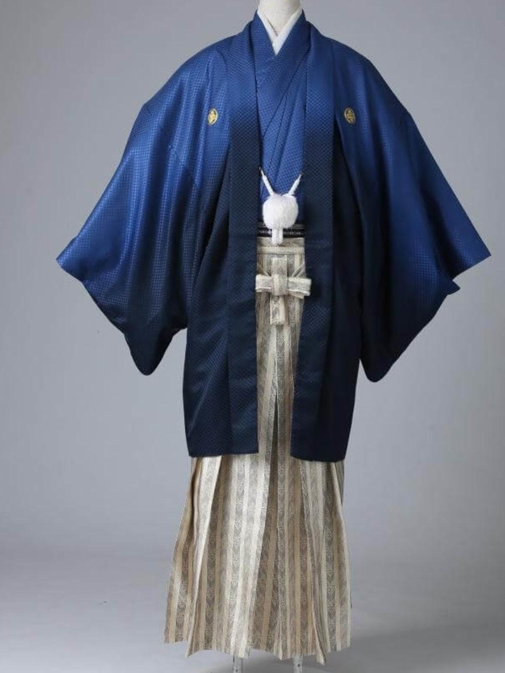 ネイビーグラデーション紋服 ゴールド袴_横浜店