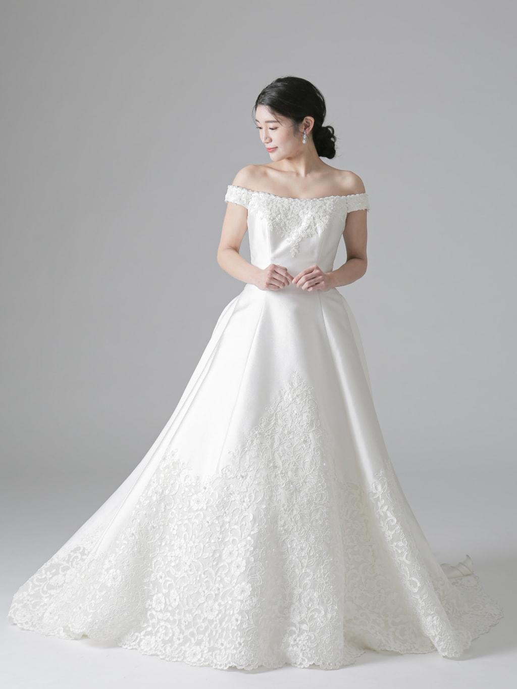胸元刺繍 裾カットレースリボンバッスル_堀江店
