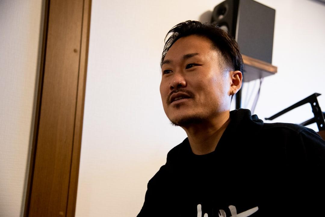 レペゼンインタビュー:都賀 彰信「日本でDJcityを背負うこと」