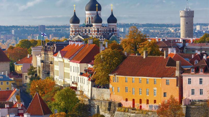 Tallinn, stadsrundtur och egna upptäckter