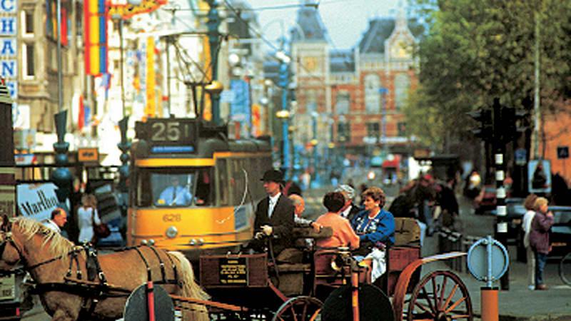 Flevoland, ostar, träskor och Amsterdam