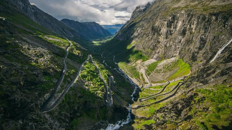 Via Trollstigen till Dombås