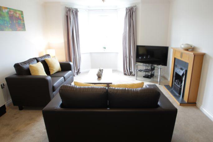 Clarendon Livingroom