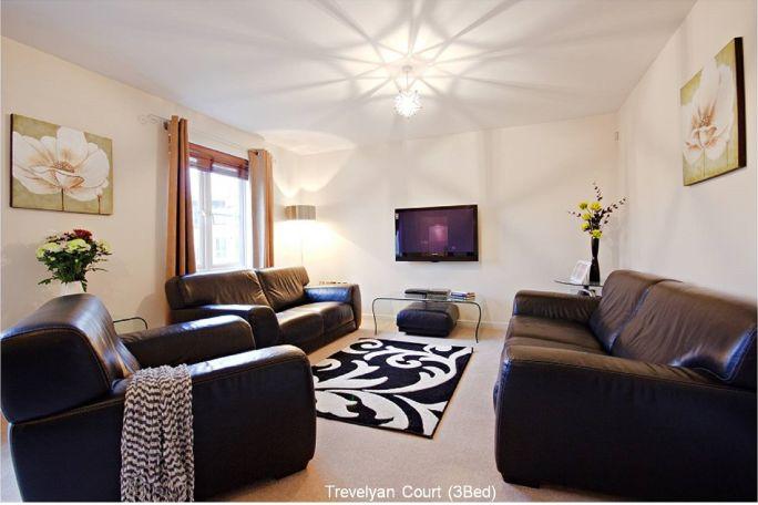 Trevelyan Livingroom2
