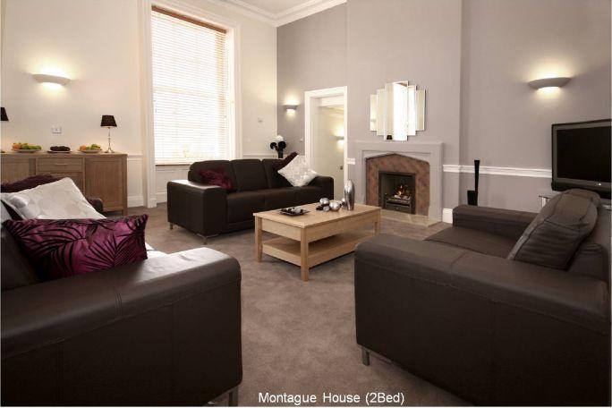 Montague Livingroom (2)