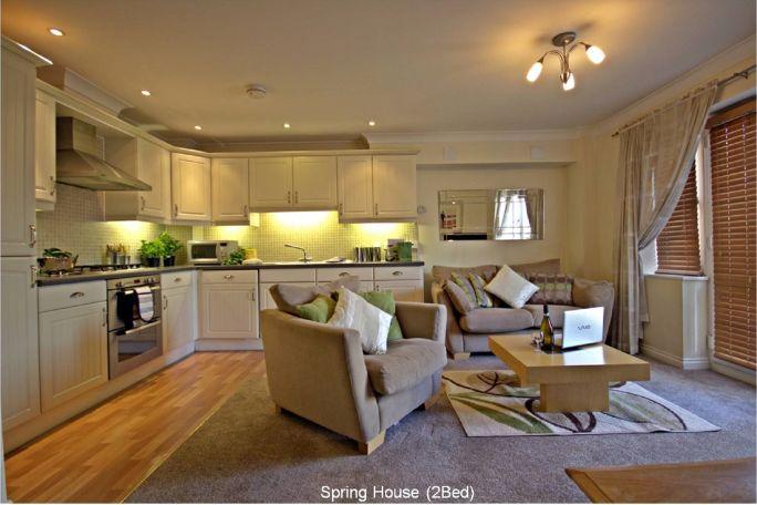 5 Spring Livingroom