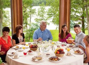 Family meal at Woodloch Resort