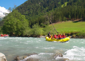 Rafting at Trailhead Lodge.