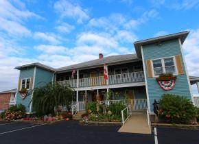 Exterior View Mariner Resort