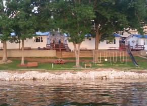 Lakefront at Lake Breeze Resort