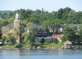Exterior view of Mill Falls at the Lake.