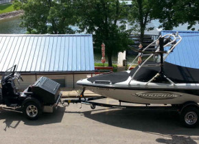 Bring your boat when you visit Lake Breeze Resort