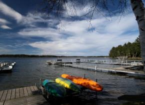 Water activities at Eagles Nest Resort.