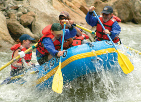River rafting near Rocky Mountain Lodge & Cabins.