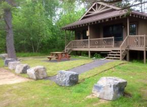 Cottage exterior at Bluff Point Golf Resort.