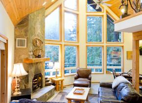 Rental living room at Luxury Getaways.