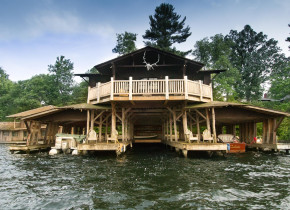 Exterior view of Stout's Island Lodge.