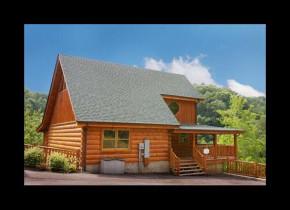 Cabin exterior at Eden Crest Vacation Rentals, Inc. - Bear Tracks Bungalow.